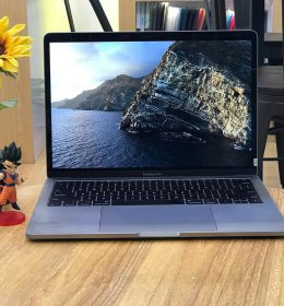 "MacBook Pro Retina 13"" grey"