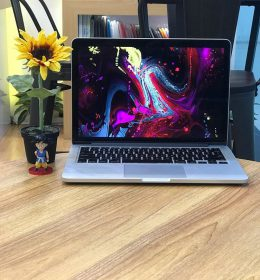 MD212 MacBook Pro Retina